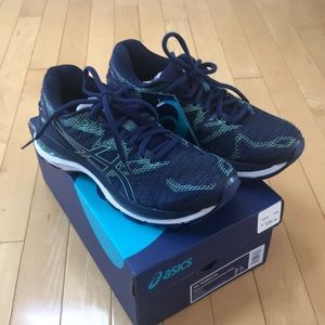 New women's ASICS Gel-Nimbus 20 running sneakers
